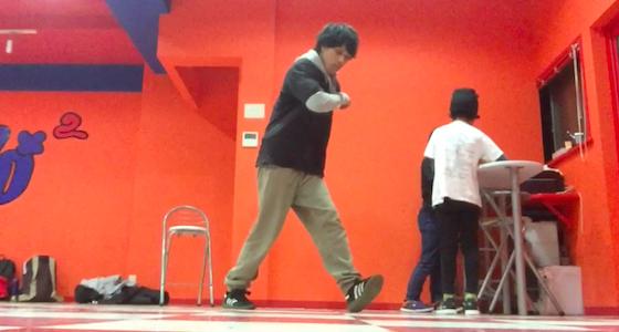 立ち踊りのステップ 〜ブロンクスステップ〜