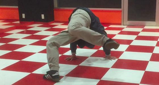 スワイプスの時にうまく腰を回すための練習法とコツ