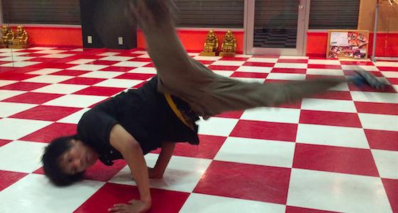 ウインドミル崩しの時に脚が地面に着く人が練習時に意識すべきこと