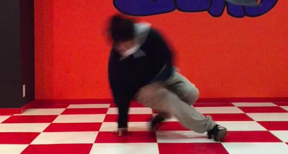 ブレイクダンスの回転技はパワームーブだけじゃない